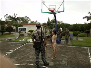 柳州部队篮球架