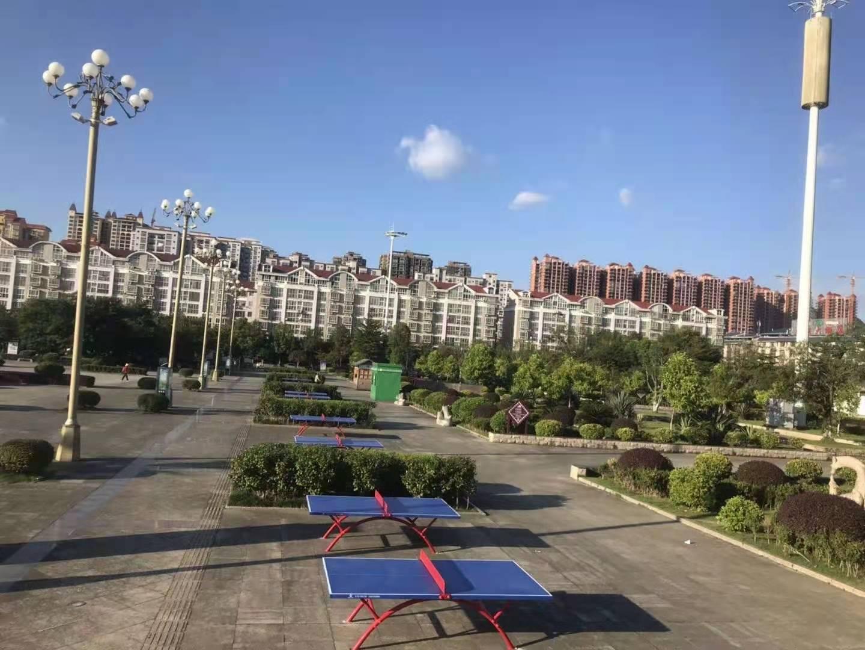 河池市宜州广场乒乓球台安装