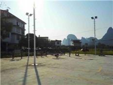 桂林阳朔球场灯杆安装