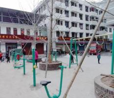 桂林兴安漠川乡榜上村新国标健身器材安装