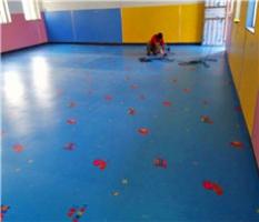 卡通pvc塑胶地板施工