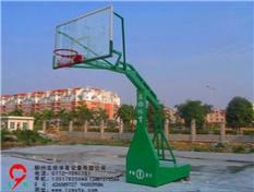 桂林阳朔福利中学 篮球架